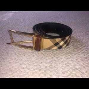 Women's Burberry belt